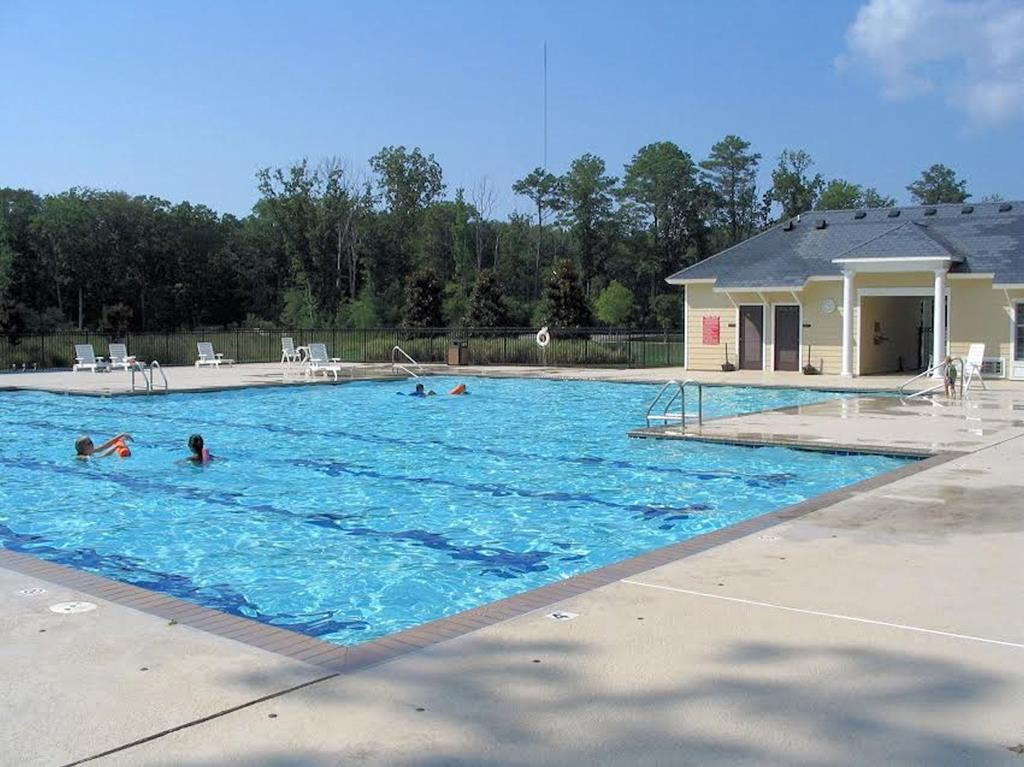 Bay Creek Pool