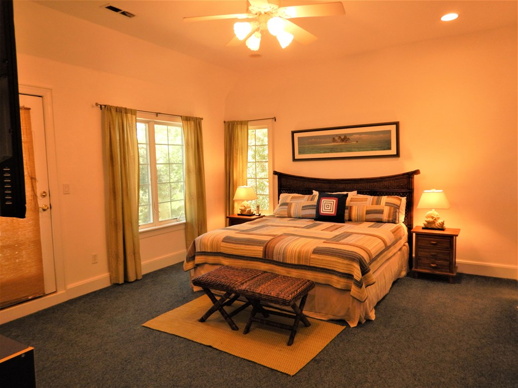 Upstairs Bedroom 4