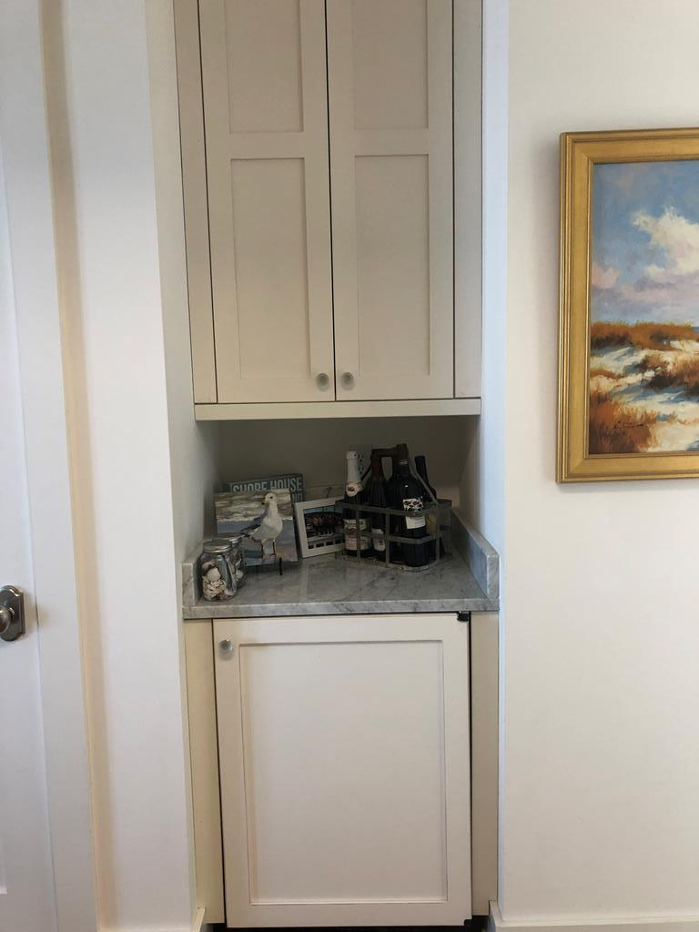 2nd floor fridge w/ice maker